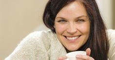 Gerade in der kalten Jahreszeit gehören Wolldecken aus Schafwolle wohl zu den beliebtesten Accessoires. Sie sind kuschelig und halten warm.