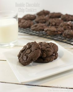 Double Chocolate Chip Cookies. Simple to make and a perfect chocolatey taste #lmldfood