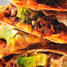 Open Face Breakfast Sandwich offers you all the nutrition you need to kick begin their day. Short fast paced dish video reveals you how to make Open Face Breakfast Sandwich. How To Make Quesadillas, Beef Quesadillas, Beef Recipes, Mexican Food Recipes, Cooking Recipes, Healthy Recipes, Mexican Meals, Spinach Recipes, Cooking Tips