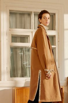 Paul & Yakov Russia Spring 2018 Collection Photos - Vogue