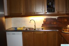Måla på kakel i kök