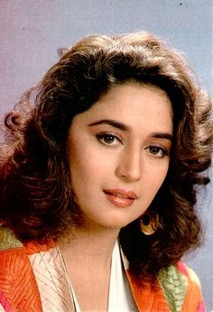 Indian Actress Pics, Indian Actresses, Madhuri Dixit, India Beauty, Timeless Beauty, Beauty Queens, Old Pictures, Bollywood Actress, Movie Stars