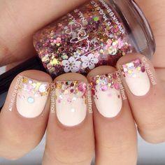 unghie gel nail art sposa con french glitterato e sfumato