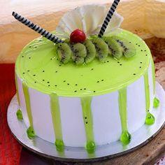 Cake Decorating For Beginners, Easy Cake Decorating, Cake Decorating Techniques, Kiwi Fruit Cake, Fresh Fruit Cake, Fruit Cakes, Icing Cake Design, Fruit Cake Design, Birthday Cake Pinterest