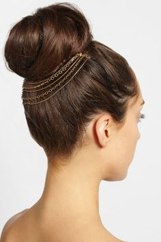 Gold-tone tiered multi-chain headpiece - 10 Winter Hair Accessories You Must Have This Season