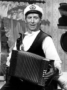 Freddy Quinn, waren mijn ouders gek op. 1931 (Franz Eugen Helmuth Manfred Nidl-Petz), een Oostenrijkse Schlagerzanger en toneelspeler, die tussen 1956 -1966, 10 nummer 1 hits had.