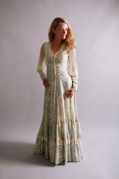 1970s maxi dress / vintage gunne sax dress / by CamilliaHeirloom