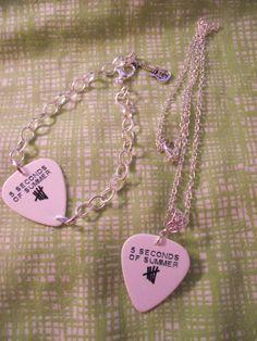 5 Seconds Of Summer 5SOS Guitar Pick Necklace & by kazmarzjez