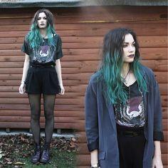 #grunge #greenhair #denim&supply #urbanoutfitters #docmartens