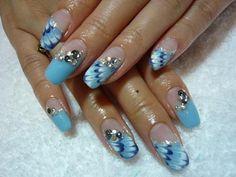 Blue peacock nail