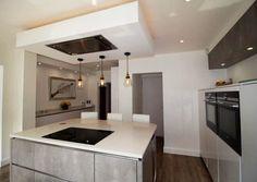 Bianco De Lusso - Buckhurst Hill, Epping - Rock and Co Granite Ltd Kitchen Extractor, Best Cooker, German Kitchen, Cooker Hoods, White Doors, Kitchen Cabinetry, Luxury Kitchens, Open Plan Kitchen, Studio Apartment