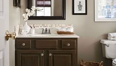 Best Remodeling Tricks for Small Bathrooms