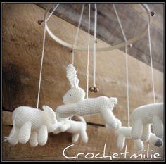 """Baby mobile """"5  little animals """" (personnalized) de la boutique Crochetmilie sur Etsy"""