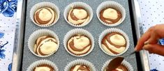 Muffins, Mini Cupcakes, Amazing Cakes, Food And Drink, Keto, Sweets, Cooking, Desserts, Party