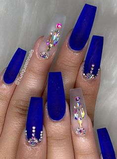 40 Gorgeous Dark Blue Coffin Nail Designs You Must Try This Winter - Page 40 of 40 - Cute Hostess Dark Blue Nails, Coffin Nails Matte, Blue Acrylic Nails, Summer Acrylic Nails, Blue And Silver Nails, Summer Nails, Cobalt Blue Nails, Navy Nails, Stiletto Nails