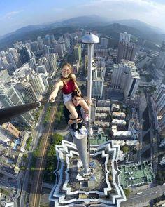 20 Scary Yet Beautiful City Climber Selfies - bemethis