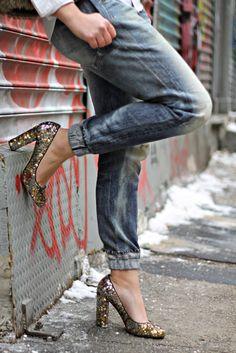 Boyfriend jeans with sequin glitter pumps, love!
