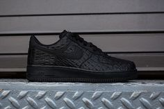 "Nike Air Force 1 07 LV8 ""Black Croc"""