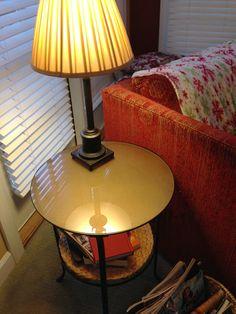 Table d'appoint à la couleur votre intérieur