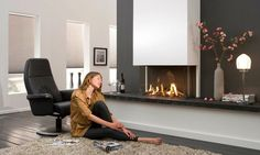 Like the fireplace as part of wall unit. Tele next to it mounted to wall. Fireplace Wall, Living Room With Fireplace, Living Room Decor, Wall Fires, Contemporary, Modern, Living Room Designs, House Design, Gas Fireplaces