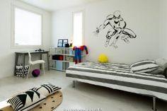 Asuntomessut Vantaalla 2015 - 15 Deko 192 - Makuuhuone 2 Toddler Bed, Furniture, Home Decor, Deco, Child Bed, Decoration Home, Room Decor, Home Furnishings, Home Interior Design