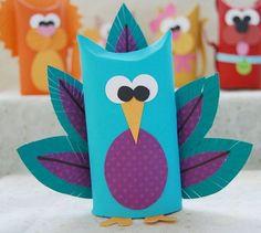 Bichinhos feitos com rolo de papel higiênico são lindos, são fofos e decoram com primor qualquer lugar (Foto: creativemeinspiredyou.com)