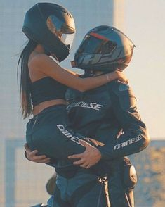 e wish you some great days! You want to be a part of our… – Motorcycle Ideas Motorcycle Couple Pictures, Biker Couple, Cute Couple Pictures, Gym Couple, Couple Pics, Image Couple, Photo Couple, Biker Love, Biker Girl
