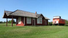 Cannington Railway Station Ontario, Blacksmith Shop, Canada, Architecture, Blacksmithing, Cabin, House Styles, Home Decor, Arquitetura