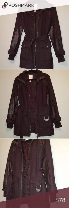 Diese Wool brown Coat  size Large Great used condition, hravy and warm, detschable belt. Diesel Jackets & Coats