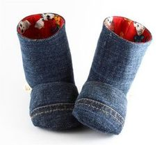Jeans into baby booties Jean Crafts, Denim Crafts, Sewing For Kids, Baby Sewing, Sewing Clothes, Doll Clothes, Denim Ideas, Recycled Denim, Doll Shoes