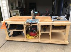 I built a mobile workbench #handmade #crafts #HowTo #DIY