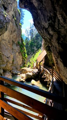 Die Wörschachklamm - ALLTAGSABENTEUER.AT Homeland, Garden Bridge, Places To Travel, To Go, Germany, Wanderlust, Hiking, Outdoor Structures, Camping