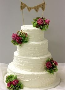 At Sweet Bites Cakes, wedding cakes are our passion! We work with you to create a wedding cake that is a truly splendid centrepiece for your wedding reception. Browse photos of wedding cakes now! Rustic Wedding, Wedding Reception, Gluten Free Cakes, Novelty Cakes, Marzipan, Rustic Charm, Dessert Table, Red Velvet, Wedding Planning