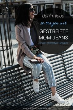 Fr�hlings Look Gestreifte Mom-Jeans & wei�es Basics mit Belt Bag im Paisley Print | Mode f�r Frauen, Fr�hlingsoutfit, OOTD, Blogger Style, Streetstyle | Julies Dresscode Fashion Blog | https://juliesdresscode.de
