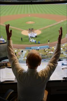 Vin Scully Bobblehead night was touching for any Dodger fan, but it was equally special for the man behind the mic. We love you, Vinnie! Let's Go Dodgers, Dodgers Girl, Dodgers Baseball, Baseball Games, Baseball Players, Dodger Game, Dodger Stadium, Vince Scully, Dodgers History