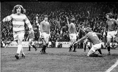 The man: Stan Bowles strides confidently away from the goalmouth after scoring against Manchester United for QPR    Read more: http://www.dailymail.co.uk/sport/football/article-1186235/EXCLUSIVE-Stan-Bowles-doesnt-care-goes--long-Sunderland.html#ixzz1YLM3GhJH