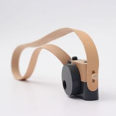 Children learn as they play and our classic wooden toy camera encourages creativity and imagination. Each is handmade in Utah from solid cherry wood with movabl Crafts For Boys, Toys For Boys, Kids Toys, Children's Toys, Baby Toys, Woodworking Clamps, Woodworking Projects, Fine Woodworking, Youtube Woodworking