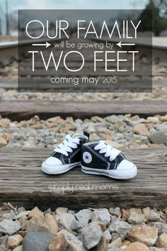 Adorable Pregnancy Announcement with baby shoes!! Tons of other Fun Pregnancy Announcement Ideas too!