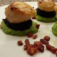 Pan Fried Scallops with Black Pudding, Pea Purée, Pancetta & White Truffle Oil | foodwithliving