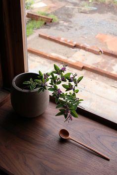 ikebana and a cute little spoon