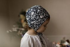 Briar Bonnet Midnight Bouquet – miniflamingo Shop