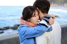 No Eul hugs Joon Young oppa, but I also feel sad for this Suzy Drama, Fated To Love You, Korean Couple, Kim Woo Bin, Bae Suzy, Feeling Sad, Drama Movies, Korean Drama, Couples