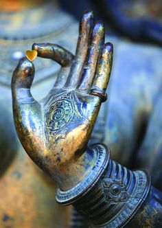 "The Gyan Mudra (or position of the hand; ""seal"" in Sanskrit) is one of the most popularly practiced mudras because of its healing and calming effects. It is known to energize the nervous system while bringing peace, calm, and spiritual awareness. Namaste, Little Buddha, Bulletins, Qigong, Yoga Meditation, Buddhist Meditation, Meditation Space, Meditation Quotes, Kundalini Yoga"