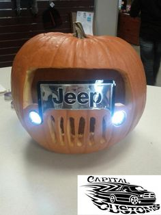 Gifts For Jeep Lovers >> Rock Crawling Jeep Pumpkin Carving!! #Halloween | Jeep Love | Pinterest | Pumpkin carvings ...