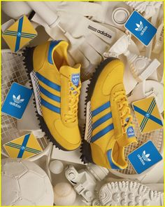 Shopping For Men's Sneakers. Are you searching for more information on sneakers? In that case simply click right here for more info. Relevant information. Mens Sneakers With Velcro Adidas Zx, Adidas Samba, Adidas Shoes, Adidas Superstar Vintage, Vintage Adidas, Adidas Busenitz, Running Sneakers, Running Shoes For Men, Men Accessories