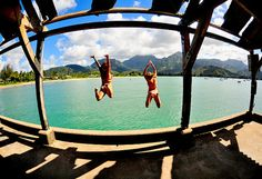 bridge jumping. sooo doing with @Haley Bowman, I know she'd do it with me an not chicken out!