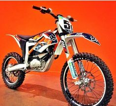 Its an electric dirt bike #ktm