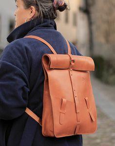 Bag computer. Leather backpack handmade. por Ludena en Etsy
