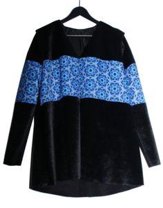 Abrigo KALOS Branding Design, Sweatshirts, Womens Fashion, Sweaters, Fashion Design, Trainers, Women's Fashion, Sweater, Sweatshirt