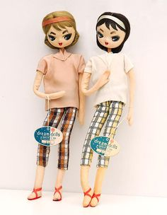 A pair of Dream Girls cloth and wire armiture Japanese dolls, 1962, imported to the United States by Dakin.